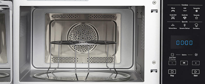 a clean microwave oven